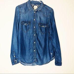 AMERICAN EAGLE Vintage boyfriend blue shirt.Size M